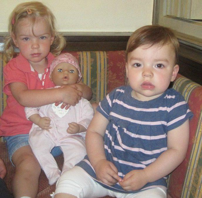 Neue Puppe für die Mutter-Kind-Gruppe