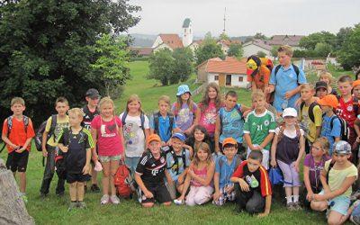 Wandertag der Grundschule Aicha zum Paroramawegerl